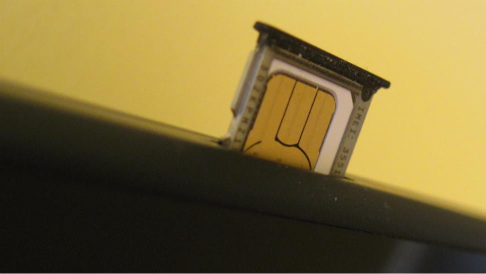 unlocking your new smartphone is now illegal what you need to know sim card slot