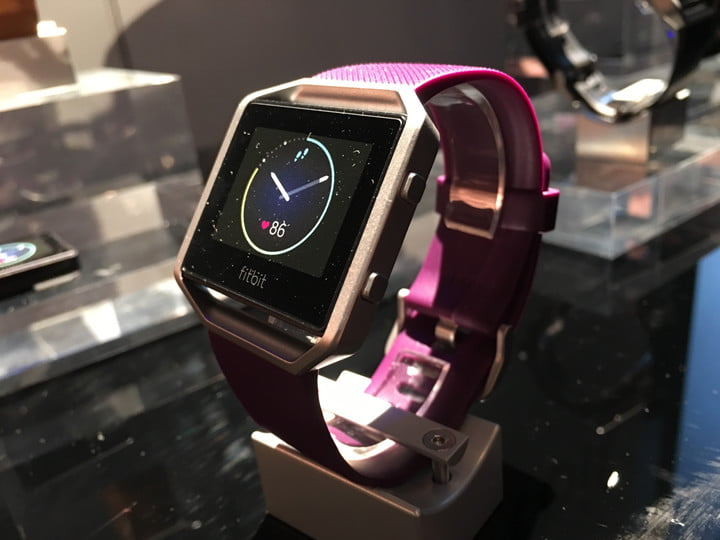 fitbit-blaze-fitness-tracker-announced-at-ces-2016