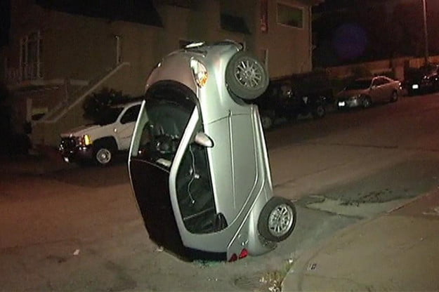 smart-car-tipping