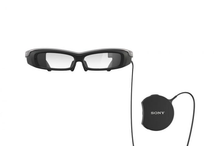heres latest pair smartglasses probably wont want wear smarteyeglass front