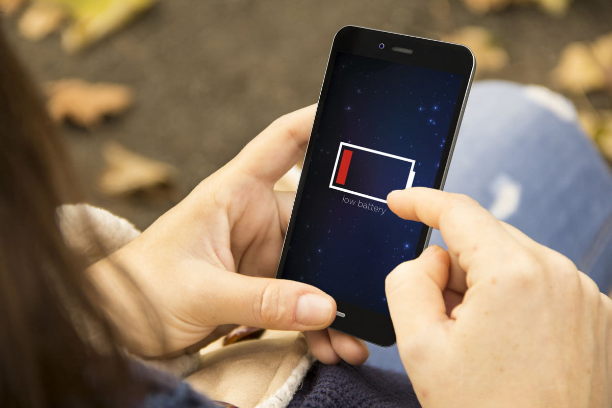 smartphone seven day battery power