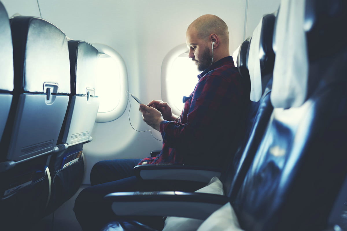airline ban on large electronics smartphone plane