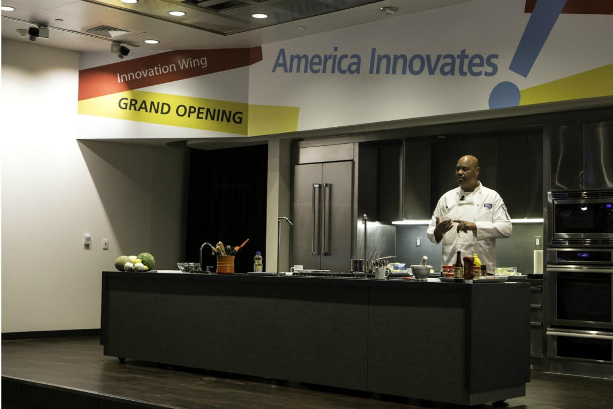 the smithsonian demo kitchen mixes food and history chef curtis aikens