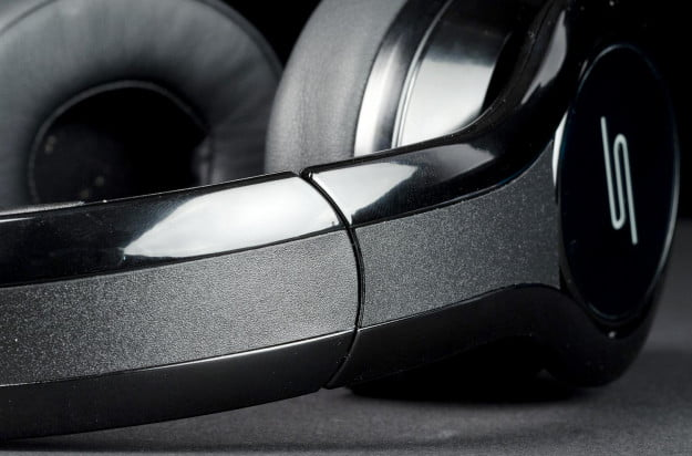 SMS Street by 50 Pro Performance DJ headphone review strap