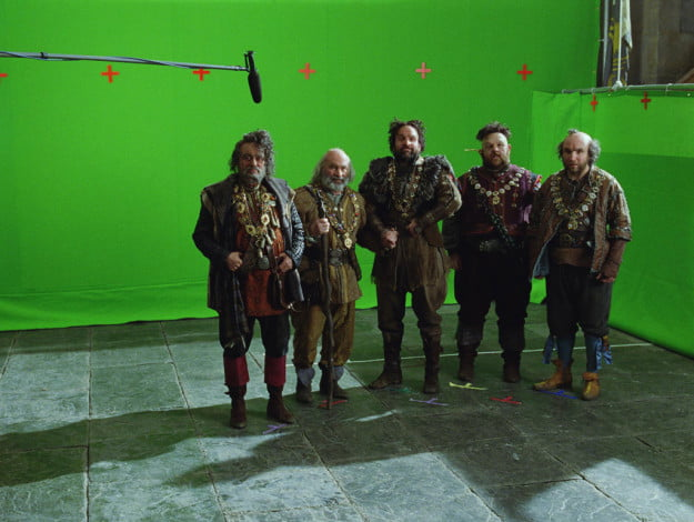 snow white and the huntsman dwarves 2