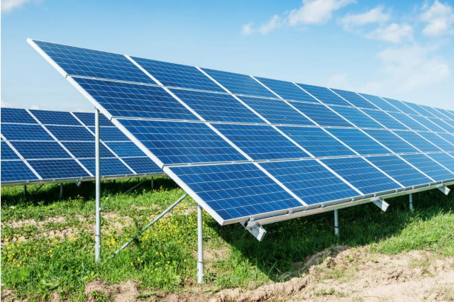 scientists develop cheap spray on solar cells
