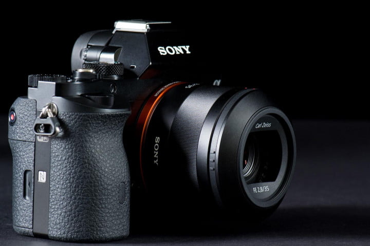sony alpha a r review  full