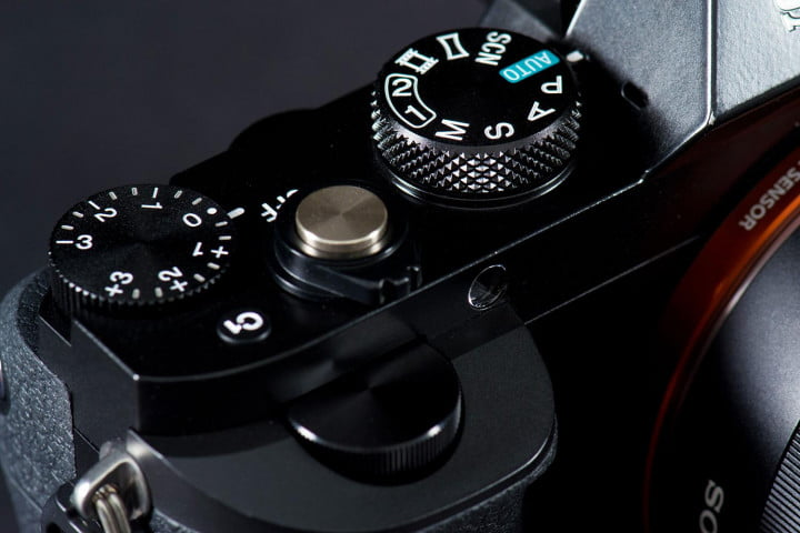 sony alpha a r review  top dials