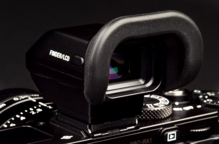 sony cyber shot rx  camera review viewfinder macro