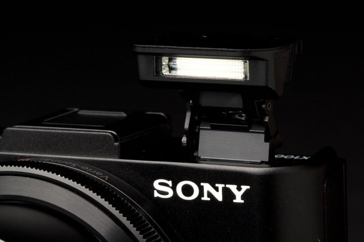 sony cyber shot rx  ii review flash