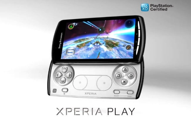 sony-ericsson-xperia-play-phone-super-bowl-ad