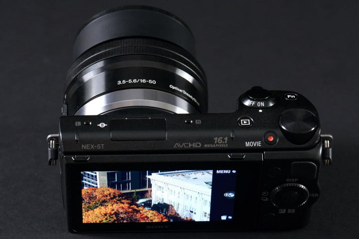 sony alpha nex  t review back top