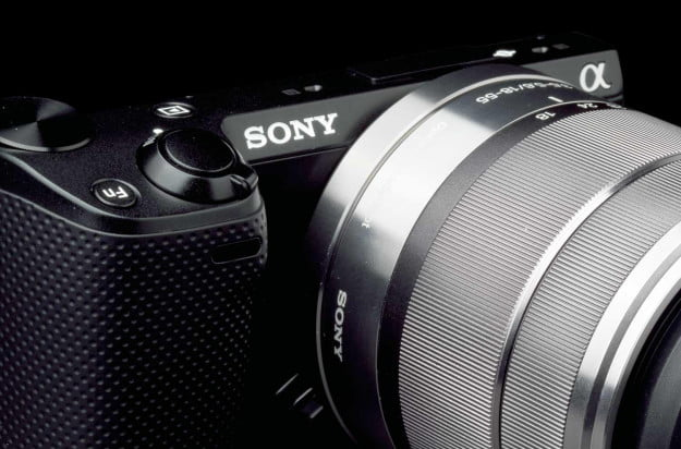 Sony NEX5R front right macro