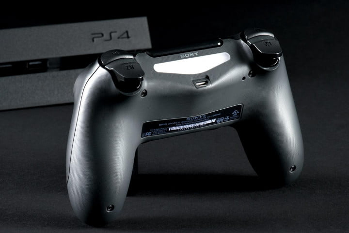 sony playstation  review controller back