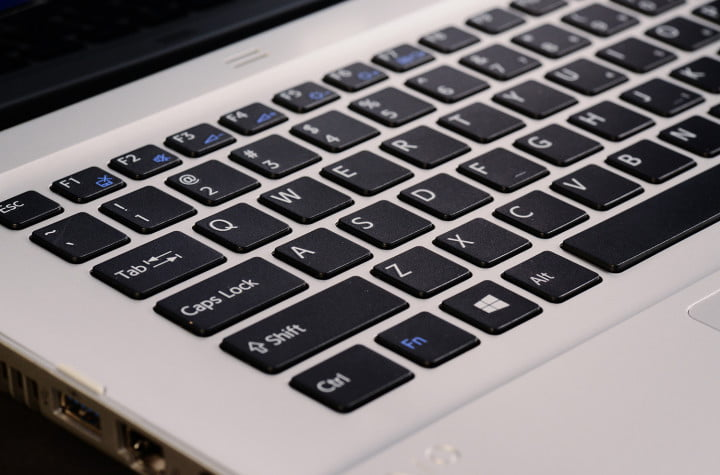 sony vaio t  touch review laptop keyboard