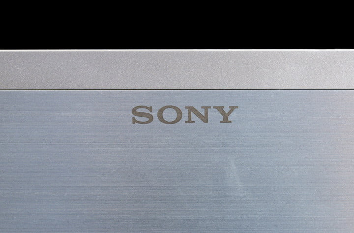 sony vaio t  touch review laptop top logo