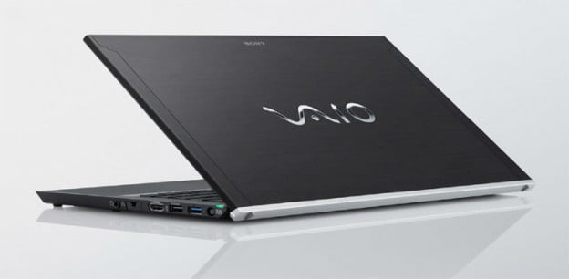sony-vaio-z-case-open