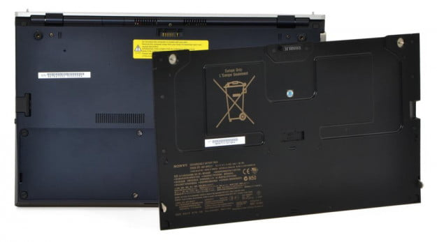 sony-vaio-z-review-black-battery-pack-off