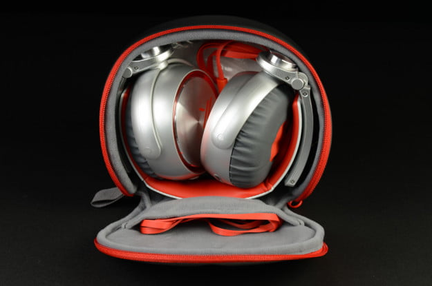 Sony X Review MDR X10 Headphones case open