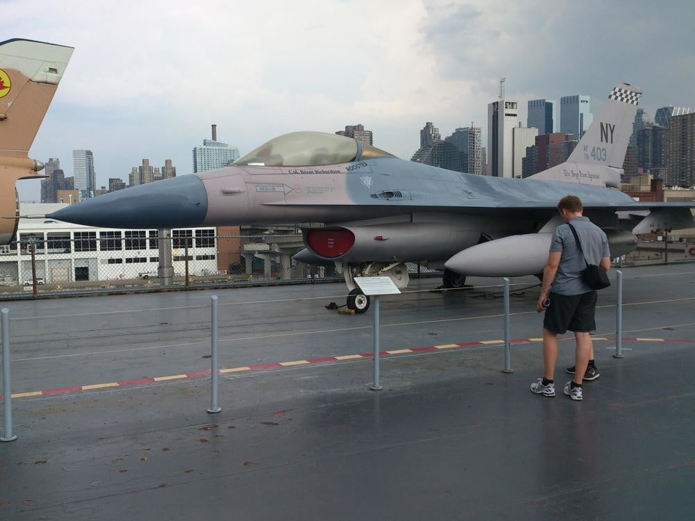 Sony Xperia Ion review camera sample outside fighter jet android 2.1 smartphone
