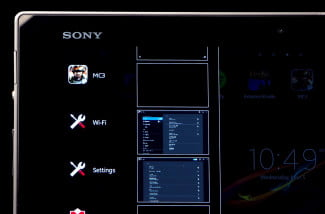 Sony-Xperia-Tablet-Z-review-top-screen-on