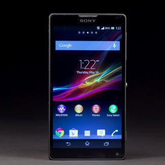 Sony-Xperia-XL-review-front-screen-on
