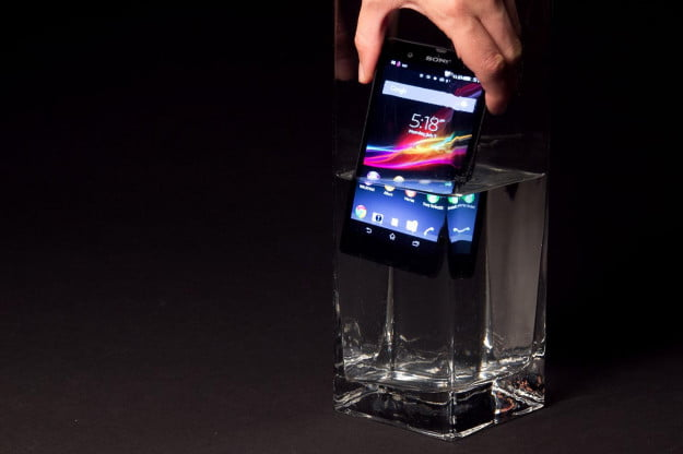 Sony Xperia Z review hand in water