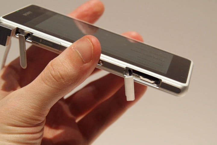 sony xperia z s compact review  right
