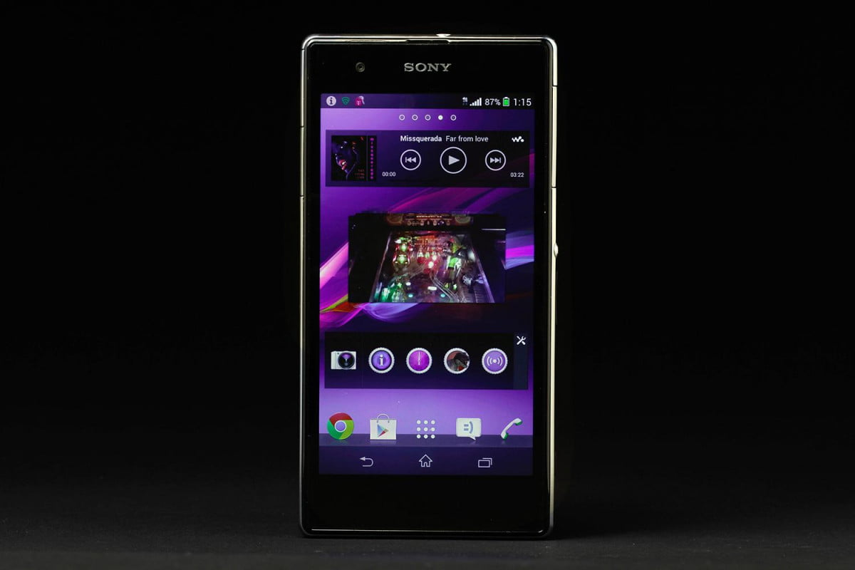 sony xperia z s problems review front screen music
