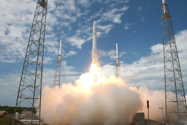spacex to attempt rocket landing on a floating platform in atlantic space x falcon  launch