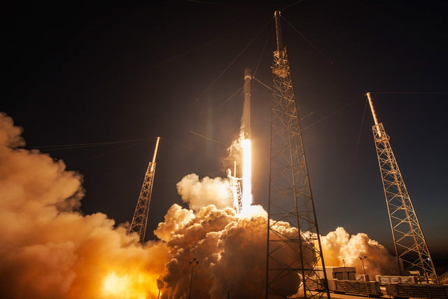spacex fcc application global wifi gigabit usa ses  launch