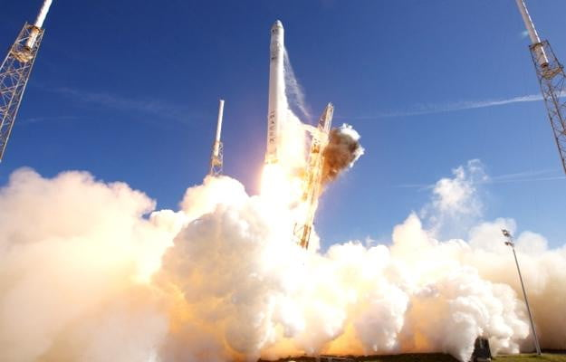spacex takeoff private spaceflight