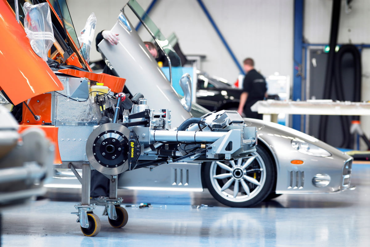 spyker c  to be electric cars factory