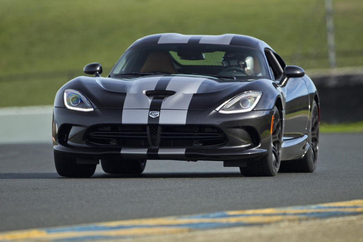 dodge to absorb srt and become chryslers performance brand  viper
