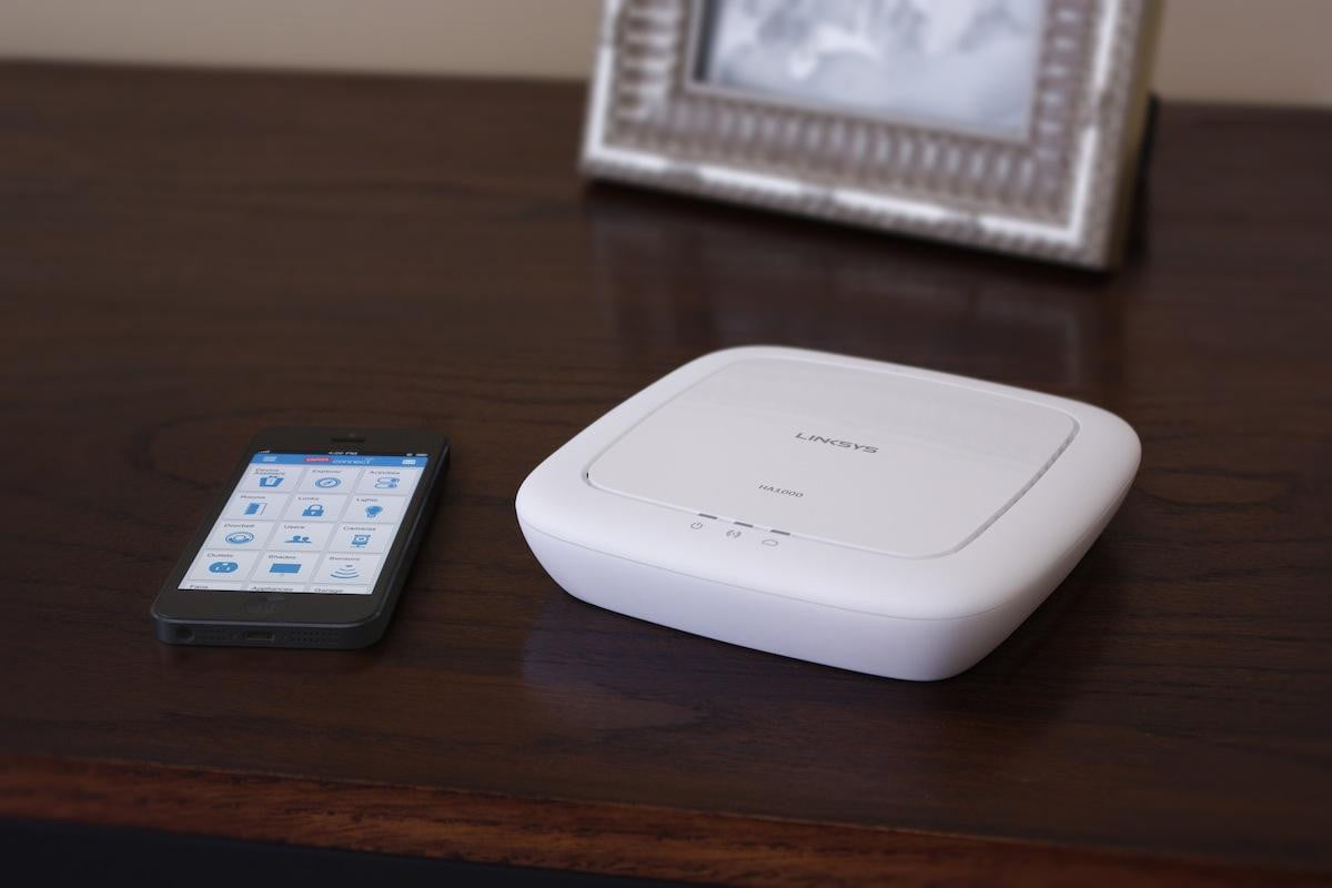 staples connect bridges all your internet of things into one managing app