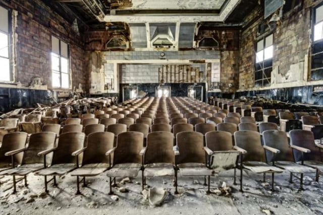 photo essay states of decay about urban blight fails to prove political point daniel marbaix barter
