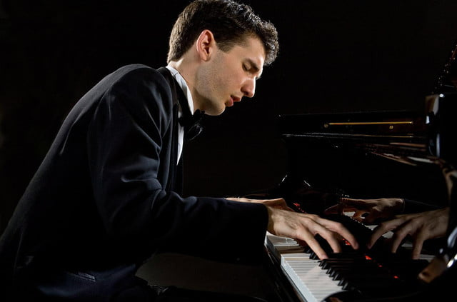 live music reduces stress in humans classical piano stephen goss emmanuel