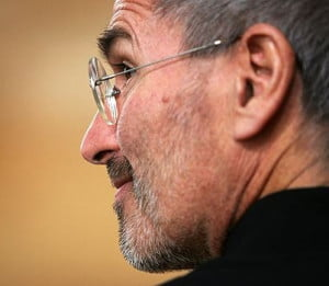 steve-jobs-close-up-profile-from-behind