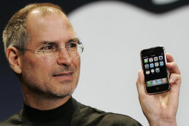 tim cook celebrates jobs  th birthday on twitter love what you do stevejobsiphone