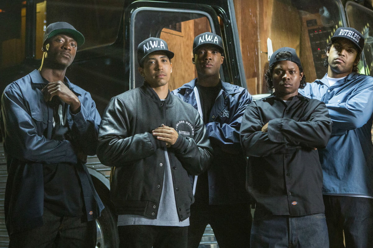 weekend box office straight outta compton