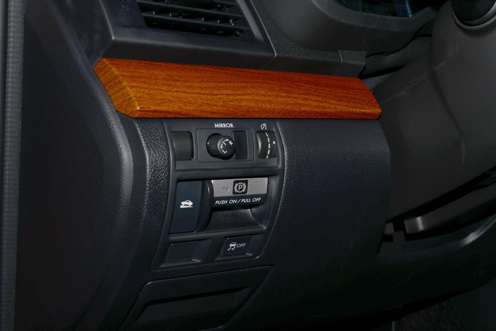 subaru outback review interior drivers buttons SUV