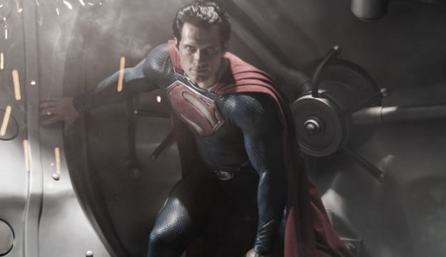 superman-man-of-steel-henry-cavill-in-costume