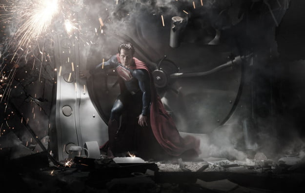 superman-man-of-steel-henry-cavill-in-costume-full-picture