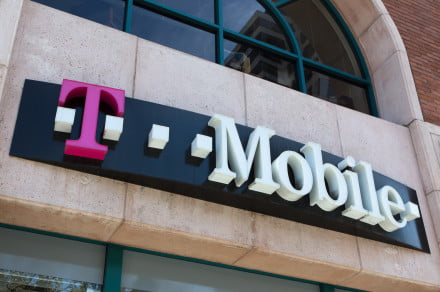 T-Mobile offers up a free