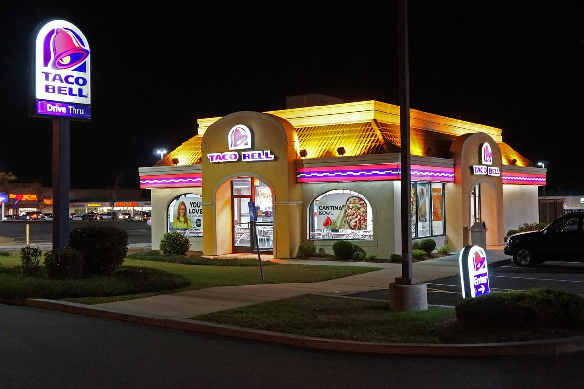 taco bell wants order food using smarpthone