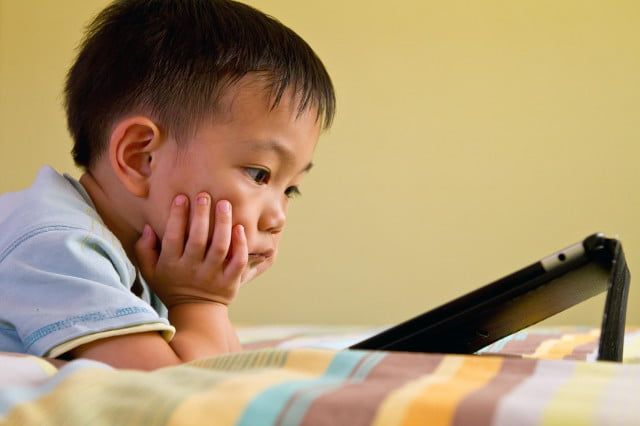 Taiwan banned kids phones tablets