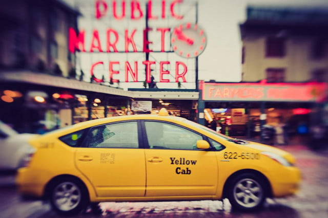 flywheel battles uber surge pricing  rides new years eve taxi seattle