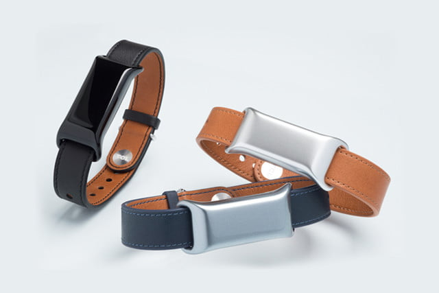 tcl announces moveband bt smartband at ces  launches