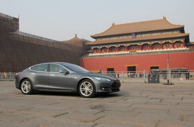 tesla model s doesnt get navigation in china