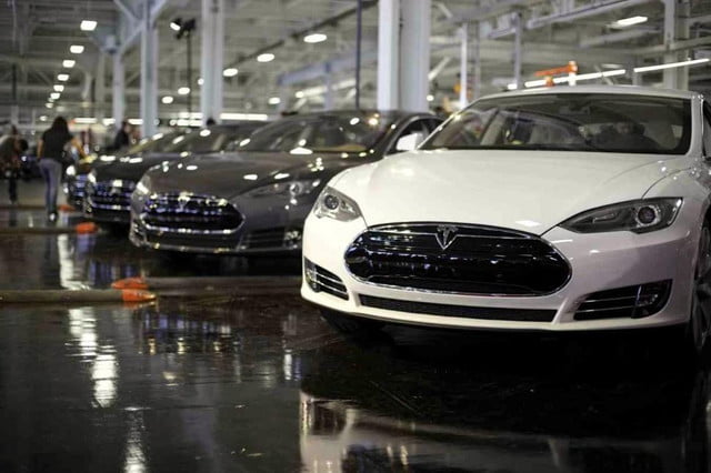 tesla may kill battery swap program pictures news model s